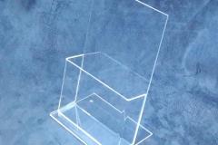 WDP-2019-WDP-acrylic-bending-1-brochure-holder