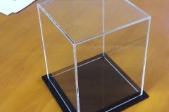 WDP-2020-We-Do-Pro-Displays-Acrylic-display-box-thin-base-1